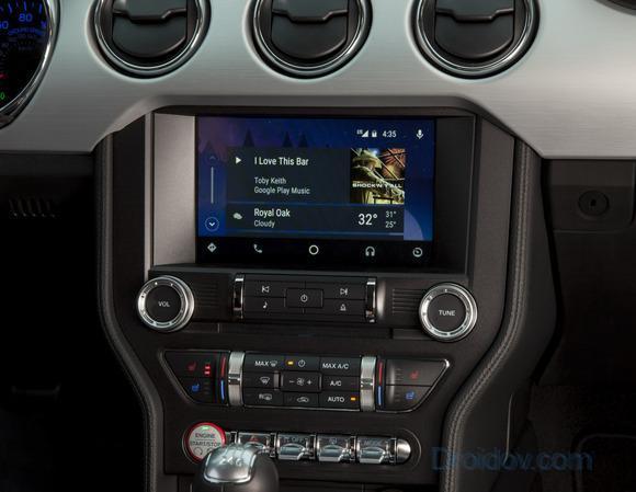 Так Android Auto выглядит в автомобилях Форд.