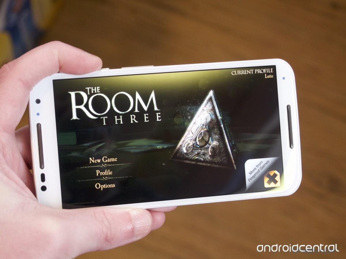 the-room-three-motox-hero2