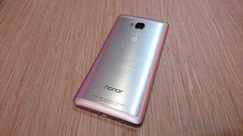 honor-5x дизайн